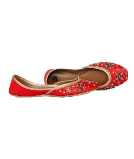 Women's Leather Embroidered Khussa